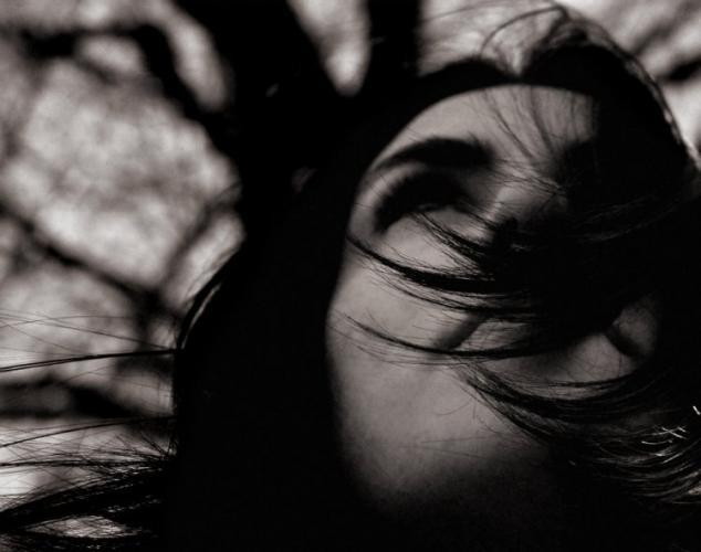 cabelos-longos-e-negros